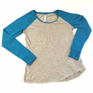 FABLETICS Baseball style scoop neck top size Large